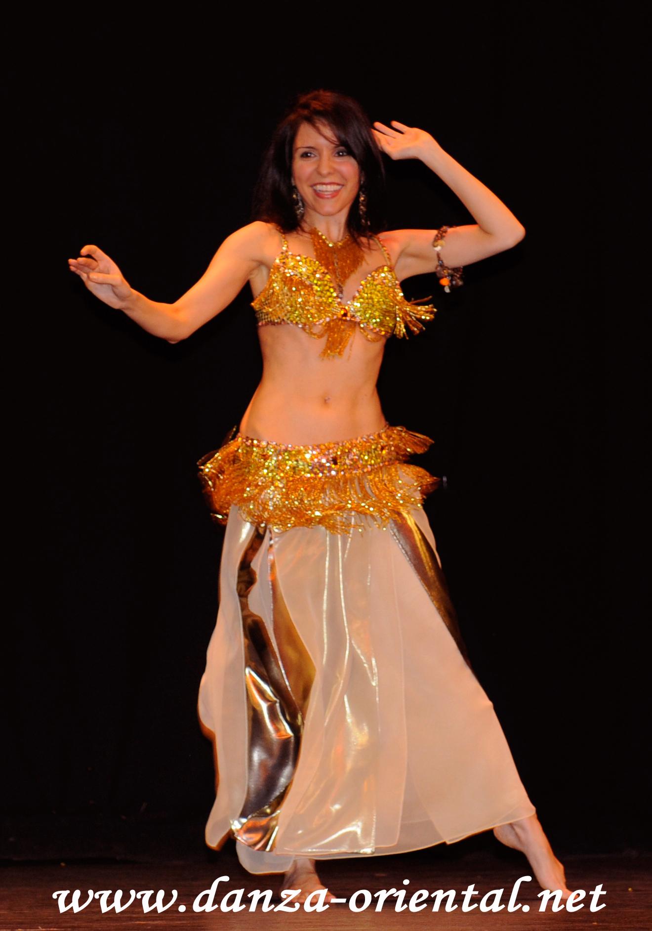 danza-oriental-dorado